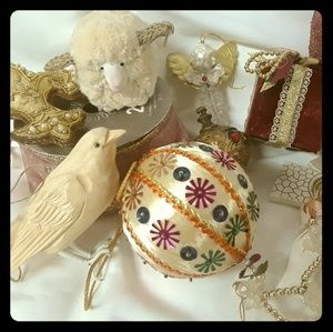 Shabby Chic Vintage Victorian Ornament Nice Lot!